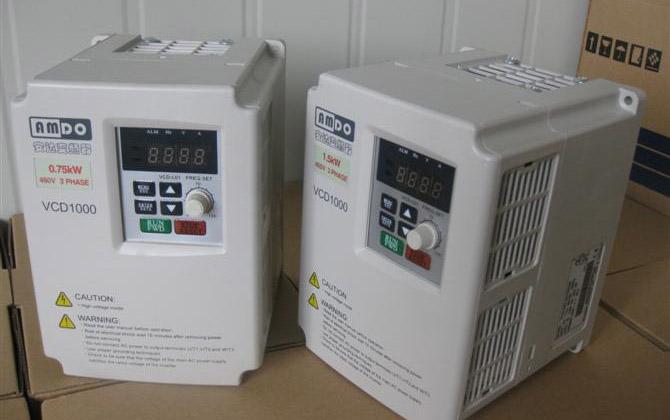 线切割变频器的作用主要是控制运丝电机速度,还具有为慢速上丝