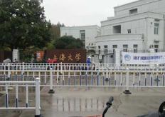 上海(上海大学)线切割机床实地客户